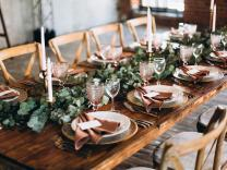 Kako savršeno aranžirati sto za predstojeće praznike