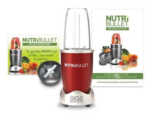 Crveni Nutribullet ekstraktor hranljivih sastojaka